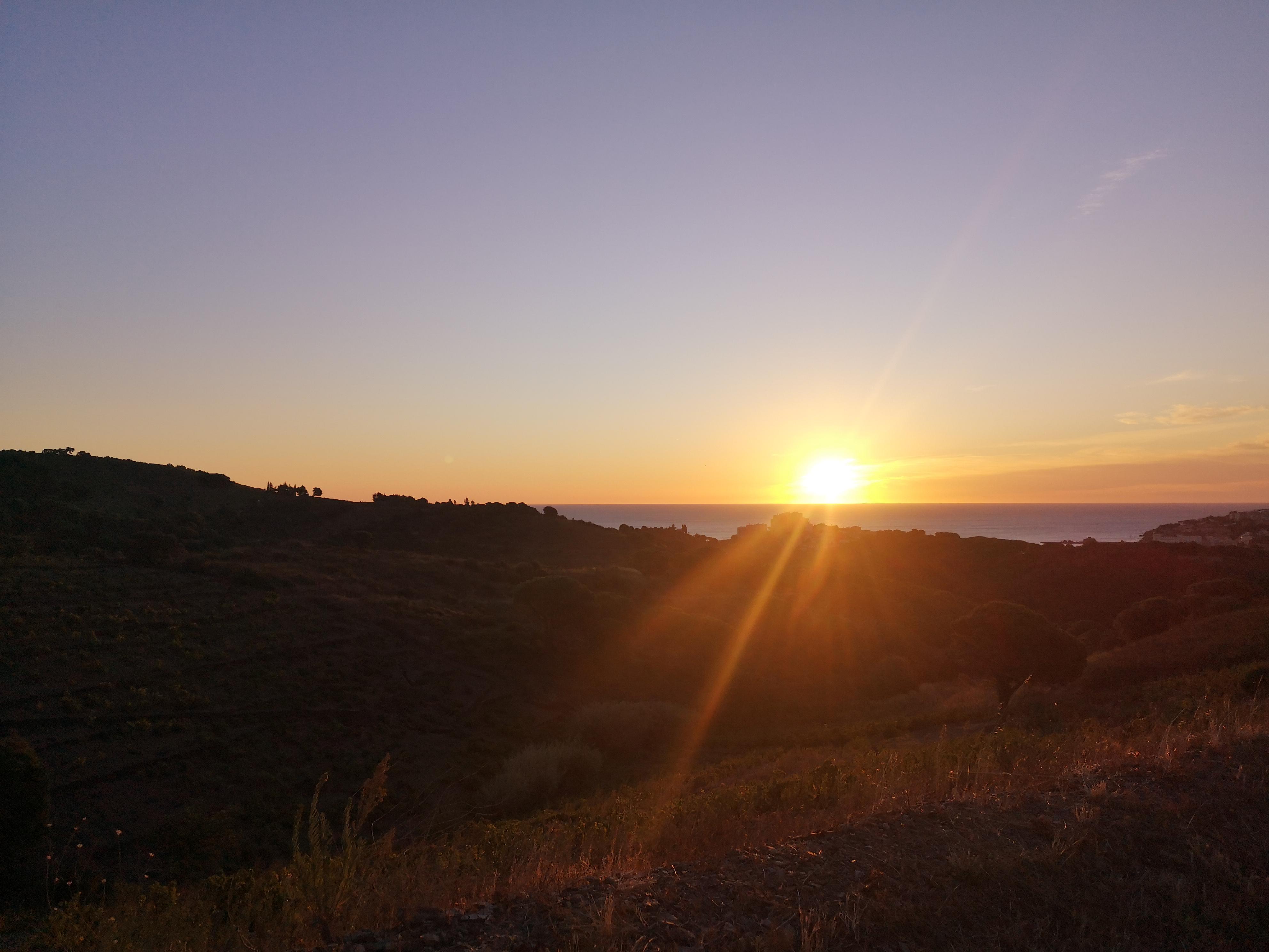 https://laroueetlaplume.fr/wp-content/uploads/2020/12/sunset.jpg